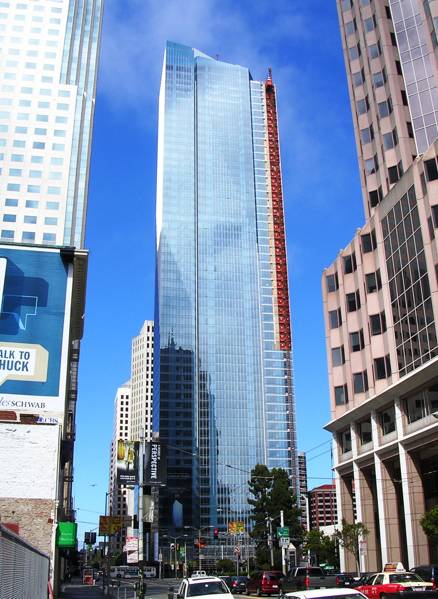 Millennium_Tower_San_Francisco_July_2008.0